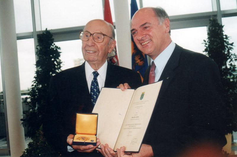 Ehrenzeichen-noe in Ehrungen & Auszeichnungen